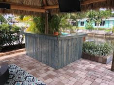 The Metal Kitchen - x 2 Level L-shaped Rustic style real pressure treated wood & corrugated metal outdoor or indoor bar Outdoor Patio Bar, Rustic Outdoor, Rustic Barn, Rustic Style, Barn Wood, Outdoor Decor, Rustic Wood, Wooden Cooler, Indoor Bar