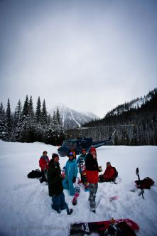 Photo: Kyle Hamilton Location: RK Heliskiing #Heliskiing #heliboarding #skiing #snowboarding www.HeliskiingCanada.org