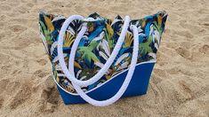 Sac Samba en simili bleu et imprimé végétal cousu par Amélie - Patron Sacôtin