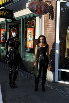 Domina Carmen Moriarty with Steffy the Rubberdoll This was my first time meeting Steffy and we decided to take a stroll through Capital Hill in Seattle.