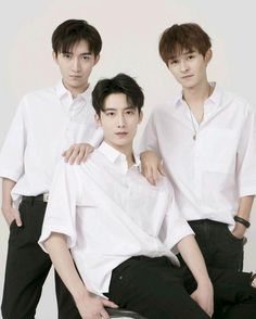 Wuli brother Zhou Miyan Dong Chi Xiao Hui That's all my brother♡♡ Cute Korean Boys, Cute Boys, My Boys, Easy Manga Drawings, Sibling Photography Poses, Pinterest Photos, Chinese Boy, Cute Photos, Boyfriend Material