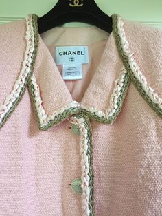 CHANEL 16C NEW TAGS Tweed PINK JACKET Pearl CC logo buttons BRAIDED TRIM FR42$9K 3572634980920 | eBay Chanel Dress, Chanel Chanel, Chanel Jacket Trims, Black Celebrities, Couture Details, Tweed Dress, Victoria Dress, Pink Jacket, Chanel Black