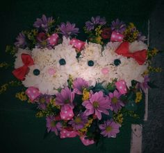 Hello Kitty flower heart Hello Kitty, Floral Wreath, Wreaths, Heart, Flowers, Home Decor, Decoration Home, Room Decor, Florals