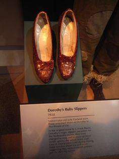 Wizard of Oz - Dorothy's Ruby Slippers