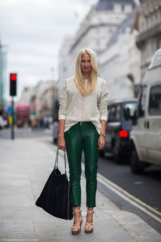 Eva: I'm wearing shoes from Lanvin, leather pants from Malene Birger, sweater from Topshop and a bag from Stella McCartney.