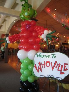 Grinch Christmas Party, Christmas Balloons, Christmas Birthday Party, Grinch Party, Birthday Ideas, Balloon Decorations, Baby Shower Decorations, Christmas Decorations, Balloon Ideas