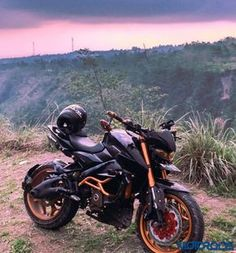 Judho Pralistyo shares the images and details of his heavily modified Bajaj Pulsar from Indonesia and it's worth every single penny invested. Fz Bike, Pulsar 200ns, Ns 200, Enfield Himalayan, Bike Stickers, Bike Pic, Unique Cars, Car Wheels, Car Wallpapers