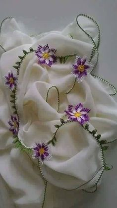 needle embroidery with daisy motif - My Recommendations Birthday Gifts For Girlfriend, Birthday Gifts For Women, Hand Embroidery, Embroidery Designs, Tatting, Crochet Beaded Necklace, Presents For Women, Boho Green, Summer Bracelets