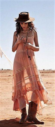 Romantic lace dress #bohochic