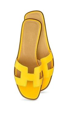 ef34882ad1e0 Dying for these. Hermes Oran SandalsHermes ...
