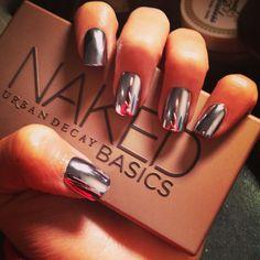 Shinny Silver Nails