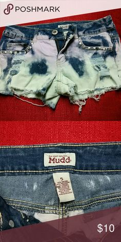 Multicolor Distressed Mudd Shorts Size 5, but fits more like a 2-3. Green and purple studded shorts. Mudd Shorts Jean Shorts