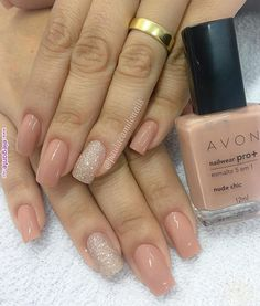 Unhas de hoje é da Nailwear Pro - Nude Chic Créditos para: . Classy Nails, Stylish Nails, Simple Nails, Nude Nails, My Nails, Acrylic Nails, Hair And Nails, Perfect Nails, Gorgeous Nails