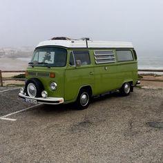 Vw Camper, Vw Bus, Vintage Vans, Bay Window, Vehicles, Car, Automobile, Rolling Stock, Cars