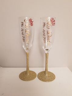 Personalised wedding gift ideas ❤ Personalised Frames, Personalized Wedding Gifts, Glitter Glasses, Wedding Champagne Flutes, Bling, Gift Ideas, Bottle, Tableware, Diy