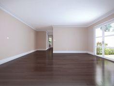 Empty room!