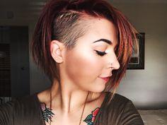 Short Hair Undercut, Undercut Hairstyles, Short Hair Cuts, Cool Hairstyles, Half Shaved Hair, Playing With Hair, Hair Color And Cut, Grunge Hair, Love Hair
