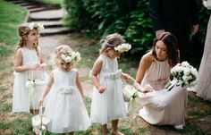 flower girls in white. how adorable!!