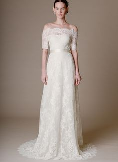 Marchesa elegant and classic wedding dress @weddingchicks