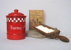 Enamelware VINTAGE FRENCH FLOUR CANISTER - superbly attractive, in great shape
