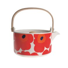 An instant classic, the Unikko poppy pattern was designed by Maija Isola in 1964 in protest to company founder Armi Ratia's announcement that Marimekko would never print a floral pattern.  Fast forward fifty years and the iconic print is given new life, adorning a range of contemporary accessories.