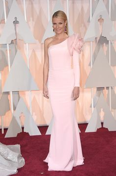 Gwyneth Paltrow Photos - Arrivals at the 87th Annual Academy Awards — Part 3 - Zimbio