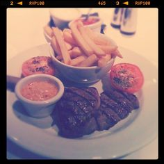 Day #14 - a celebratory Saturday night supper of rare rump steak, Cajun blue cheese sauce and chips