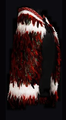 Image result for red feather cloak Feather Cape, Red Feather, Maori Designs, Flax Weaving, Weaving Art, Maori Patterns, Polynesian People, Flax Flowers, Maori Art