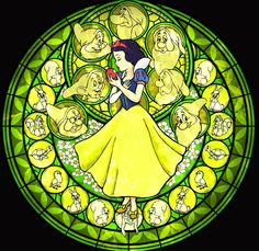 Afbeelding van http://images5.fanpop.com/image/photos/31300000/Snow-White-Stained-Glass-disney-princess-31396713-1227-1194.jpg.