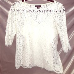 Willi Smith Lace top This is a white Will Smith lace top. It has a detachable adjustable undershirt so you could wear a different tank underneath if you please. I wore this shirt only 3 times. Willi Smith Tops