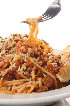 Slow Cooker Skinny Spaghetti with ground turkey or chicken One Pinner said: This was so, so good! My husband ate it three days in a row. The turkey is seasoned so well that you could use this portion of the recipe to make turkey breakfast sausage. I used extra lean - 97% fat free. Will make again and again!