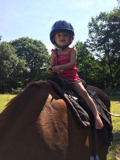 A true #equestrian in the making! Submitted by Grace & Sarah Sordillo. #horseriding #horseback #trailriding #prettyinpink