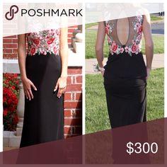 Sherri Hill floral dress Only worn once Sherri Hill Dresses Prom