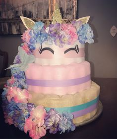 Pastel de pañales de unicornio hecho por me❤️ - Decorațiuni - Pastel de Tortilla Baby Shower Nappy Cake, Baby Shower Niño, Unicorn Baby Shower, Baby Shower Diapers, Baby Shower Parties, Diaper Shower, Unique Diaper Cakes, Diy Diaper Cake, Nappy Cakes