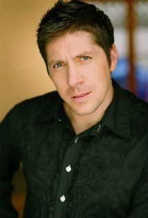 Ray Park. This is what Darth Mall and Snake Eyes actually look like - he's also Scottish....... Darling!!