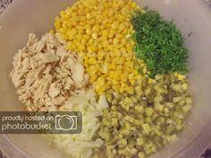 Salata de pui si porumb preparare reteta Grains, Rice, Vegetables, Food, Salads, Essen, Vegetable Recipes, Meals, Seeds
