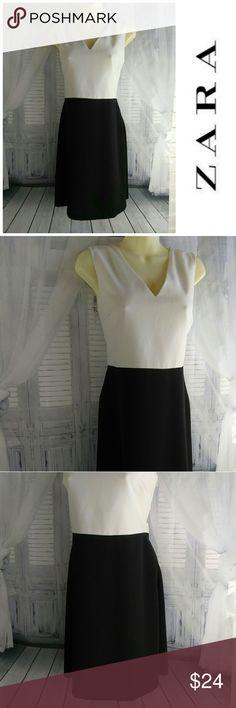 🌺 Sale Zara Colorblock Sleeveless Dress Side zipper and back two button keyhole closure Zara Dresses Midi