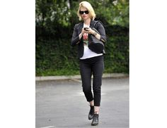 January Jones. Blazers are great pieces to wear in the early months of pregnancy, since you can wear them open as your belly grows.