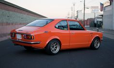 Toyota Corolla. Wish mine would have had the same wheels but the rest is spot on.