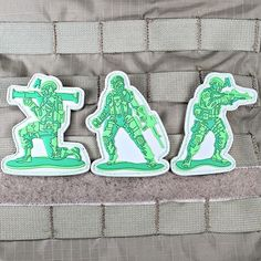 Army men #patches from @violentlittle lots of patches and a couple #lapelpins in their store. Check them out today. The shop link is in their bio. .  #patchgame #army #violentlittle #Velcropatches #heavydutypatches #patch