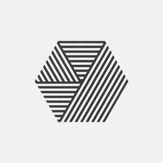 "dailyminimal:  ""#JL15-282  A new geometric design every day.  """