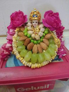 Thali Decoration Ideas, Diy Diwali Decorations, Basket Decoration, Festival Decorations, Flower Decorations, Decor Ideas, Ganpati Bappa Wallpapers, Ganesh Chaturthi Decoration, Janmashtami Decoration