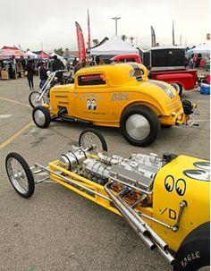 Nostalgia moon equipped old school. Old Race Cars, Old Cars, Kustom Kulture, Vintage Race Car, Drag Cars, Model Car, Car Humor, Drag Racing, Sport Cars
