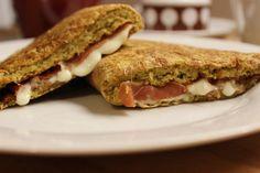 Bajnokok reggelije: a legfinomabb zablepény receptje Sandwiches, Clean Eating, Healthy Recipes, Healthy Meals, Food And Drink, Low Carb, Gluten, Vegan, Drinks