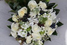 Winter Wedding Bouquets | The Flower Magician: Fabulous Black & White Wedding Bouquet