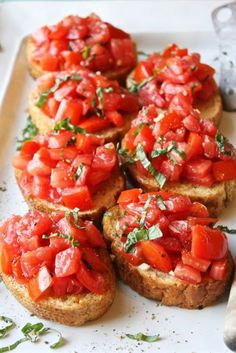 Bruschetta - Simple, fresh, and seriously amazing. This is the best bruschetta I've ever had!Perfect Bruschetta - Simple, fresh, and seriously amazing. This is the best bruschetta I've ever had! Good Food, Yummy Food, Cooking Recipes, Healthy Recipes, Easy Recipes, Healthy Food, Delicious Recipes, Healthy Summer Snacks, Healthy Pizza