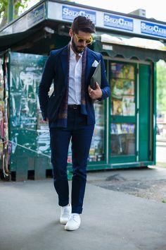 Smoking Jeans Diesel Black Gold para a Milano Moda Uomo