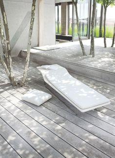 Quand on veut une belle terrasse tout en gardant les arbres.