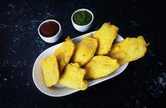 Balekayi Bajji (Plantain or raw banana fritters) - SpicyTamarind