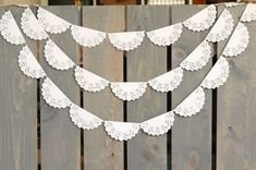 34 Doily Wedding Decor Ideas | HappyWedd.com